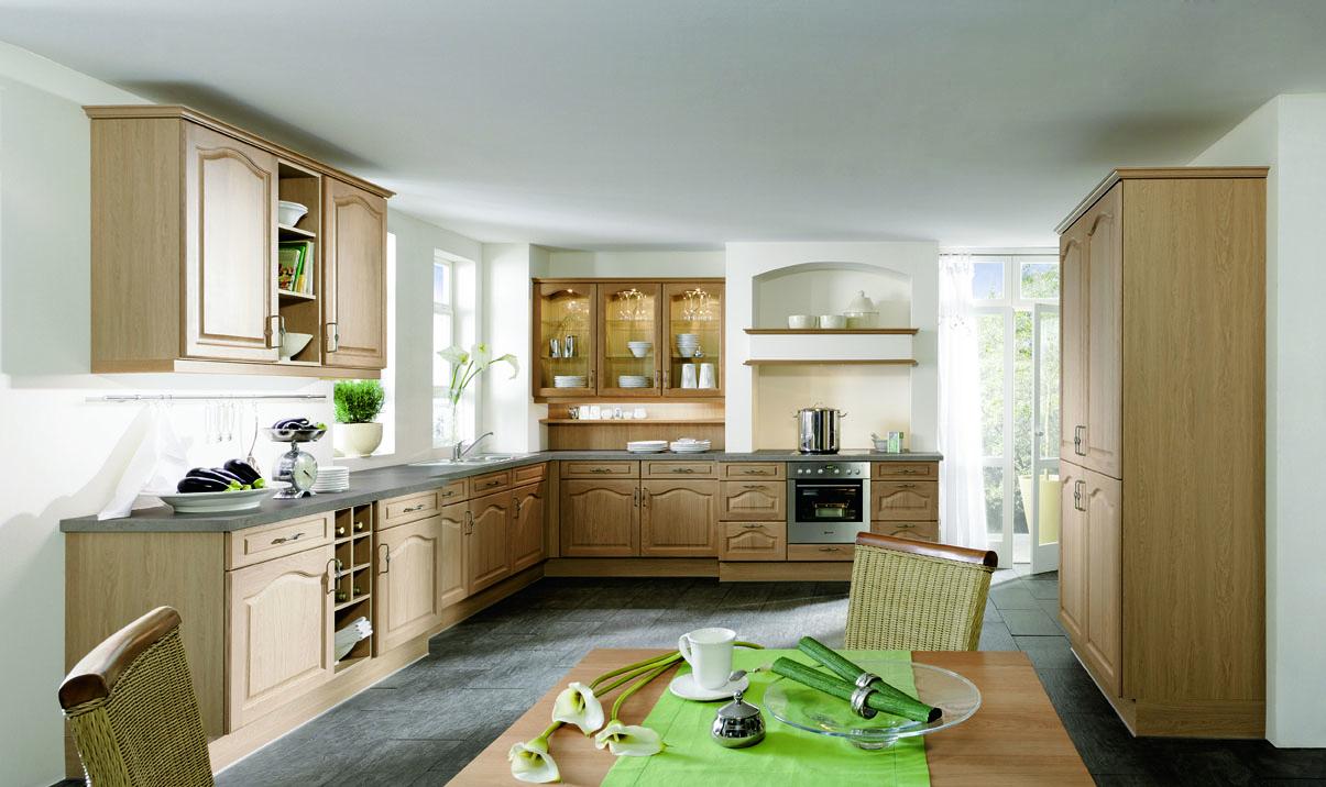 Дизайн кухни г образной формы 43